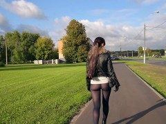 jeny-smith-pantyhose-fashion-flashing-in-public