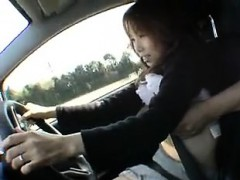 she-s-driving-the-car-while-a-couple-of-horny-dudes-grope-h