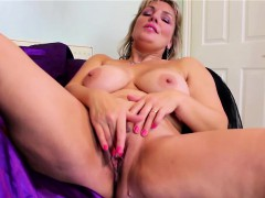 huge natural titted blonde mature masturbating