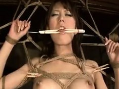 submissive japanese wife with a perfect ass reveals her ora