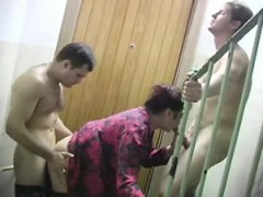 shagging-their-neighbor-girl-in-th-mona