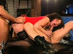 stunning-darling-gives-juicy-oral-sex-with-outstanding-fuck