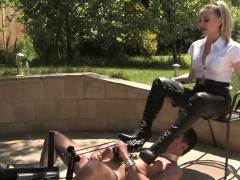 femdom-demands-bootworship-from-submissive