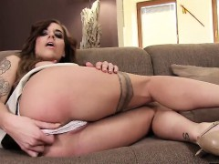 Spicy Czech Kitten Gapes Her Soft Vulva To The Special