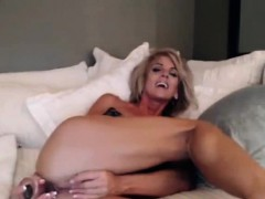 sexy-mature-milf-huge-breasts-anal-penetration