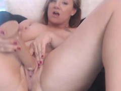 fucking-hot-pale-milf-tyler-xesin-with-an-incredible-ass