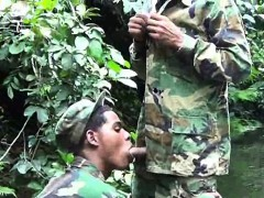 military-lads-do-mouth-job-in-the-water