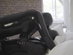 hot-pornstar-latex-and-cumshot