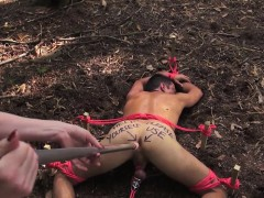 femdom-dildofucks-submissive-outdoors