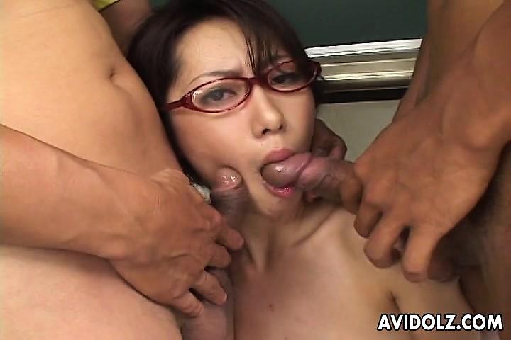 いまいましい3Pセックス可愛い娘-3438090-ポルノ屋