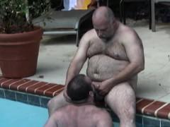 Feetloving Heavy Bear Bare Fucked At The Pool