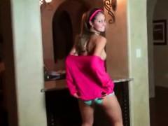 sexy-teen-dancing-in-video