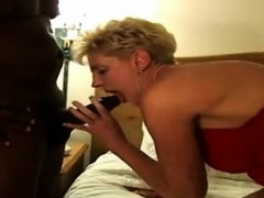 horny-blonde-mature-cougar-getting-lovetta-from-dates25com