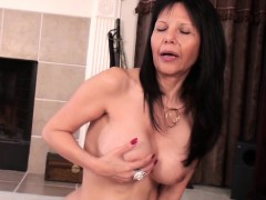 mature-american-mommy-mommy-has-so-becky-from-dates25com