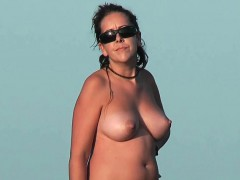 Nudist Beach Voyeur Vid With A Hot Brunette