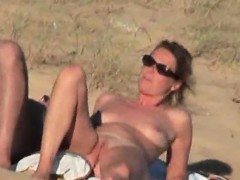 lustful-couple-caught-naughty-on-the-nude-beach