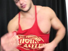 training-my-muscle-cock-with-a-fleshlight