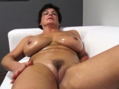 lovely-ma-oils-up-and-fucks-jane-from-dates25com