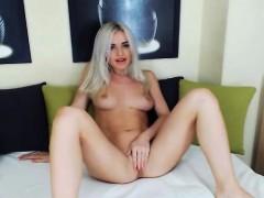 sucks-and-fucks-big-dildo-with-blonde-babe-on-cam