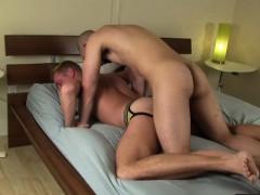 gay-amateur-tugs-cumshot