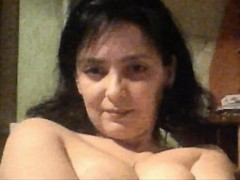 crazy-mature-amateur-on-webcam