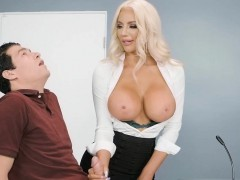 paid-memory-test-leads-to-sex-with-the-busty-assistant