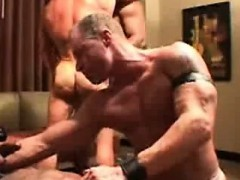 interracial-muscle-orgy