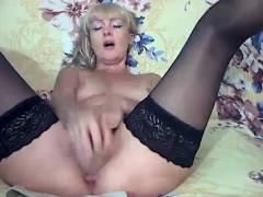 mature-masturbation-free-webcam-porn-video