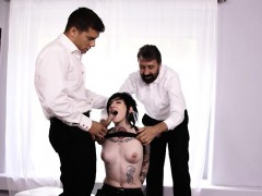 goth bitch nikki hearts double penetrated by two nasty dudes
