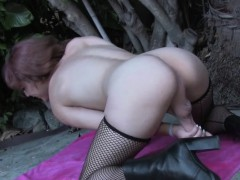 Amateur Trap Masturbating And Gaping Outdoors