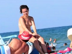 topless-beach-dollin-spain