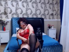 sexy-mature-dance-undress-and-masturbate
