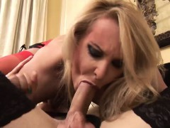 hot-ass-brunette-and-big-dick-blonde-shemales-barebacking