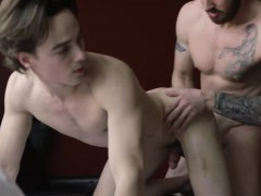 mark-long-and-justin-owen-fucking-deeply-and-blowing-dick