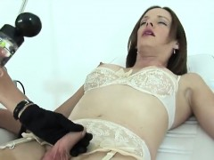 unfaithful-british-mature-gill-ellis-flashes-her-heavy-melon