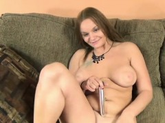 Horny blonde Tonya Sinn uses a big toy on her wet pussy