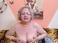 granny stripping in front of the webcam