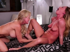 brandi and carter enjoys finger their pussies