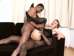 sexy milf threesome and cumshot