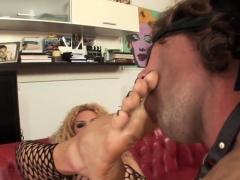 Feet Sucked Tranny Sperms
