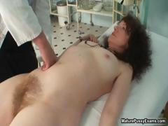 horny-sexy-grandma-showing-part2