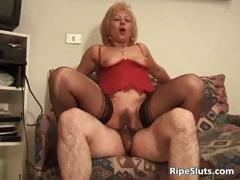 hairy-bush-of-mature-slut-is-drilled-part4