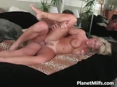 blonde-gal-with-massive-tits-pulls-out-part3