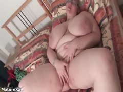 fat-busty-mature-woman-with-glasses-part3