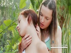 amazing-lesbo-scene-with-teens-kissing