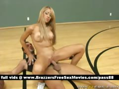 amateur-naked-blonde-babe-on-the-basketball-court