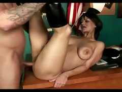 dvorcee-gets-facial-in-the-office