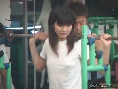 horny-public-gym-workout-with-a-see-part1