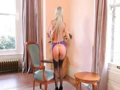 nice-russian-blond-in-livingroom