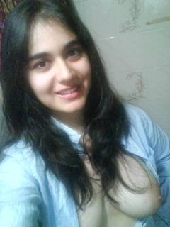 hot girl for escort service in Rajouri garden delhi